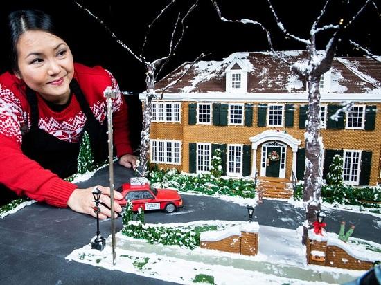 كعكة فيلم الاحتفال بليلة رأس السنة الجديدة Home Alone