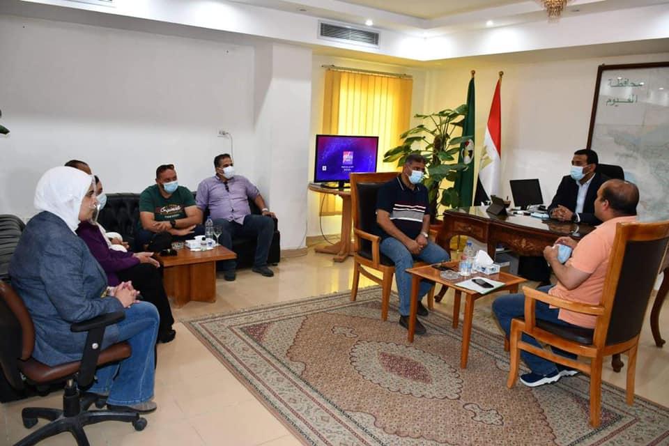 نائب محافظ الفيوم ومسئولي إستادات مصر يبحثان سبل التعاون المشترك2